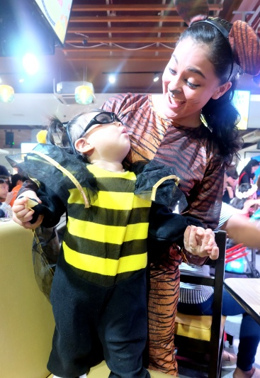 dyosathemomma: Boobstacular Costume Party Halloween 2-17 at the PBA Cafe for Breastfeeding Moms in the Philippines