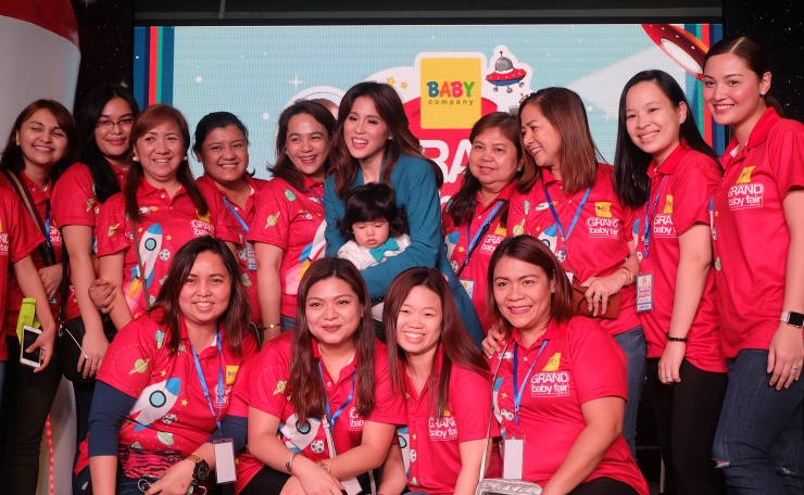 dyosathemomma: Baby Company Grand Baby Fair Year 8 SM Megatrade Hall, Toni Gonzaga for Pampers