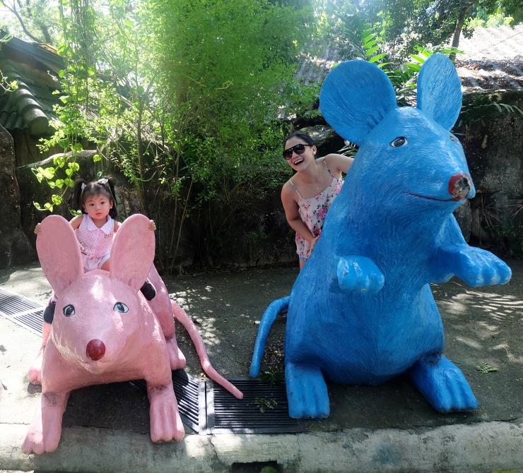 dyosathemomma: Avilon Zoo, why bring kids to the zoo