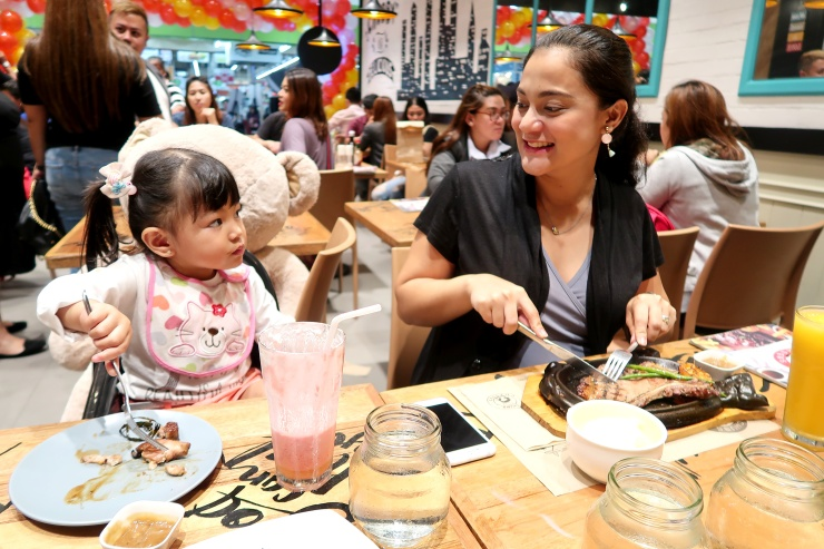 dyosathemomma: Chubs Chasers restaurant in SM North EDSA, Food Circuit The Block, food review, AmariaNish